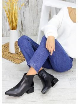 Ботинки Челсі чорні з гострим носком 7508-28