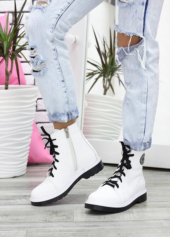 Ботинки на шнуровке белая кожа 7621-28