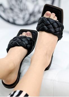 Шлепанцы кожаные черные 7733-28