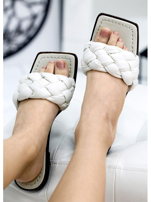 Шлепанцы кожаные белые 7735-28