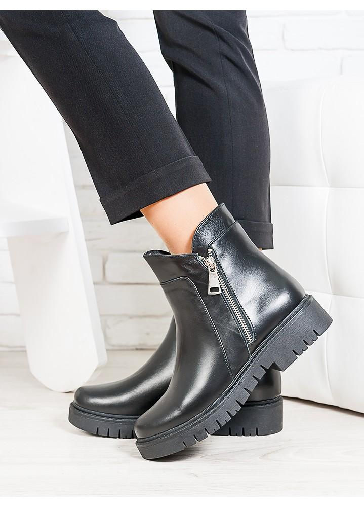 Ботинки Combo чорна шкіра 6700-28
